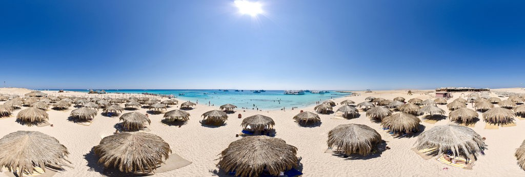 Trip to Paradise Island from Hurghada